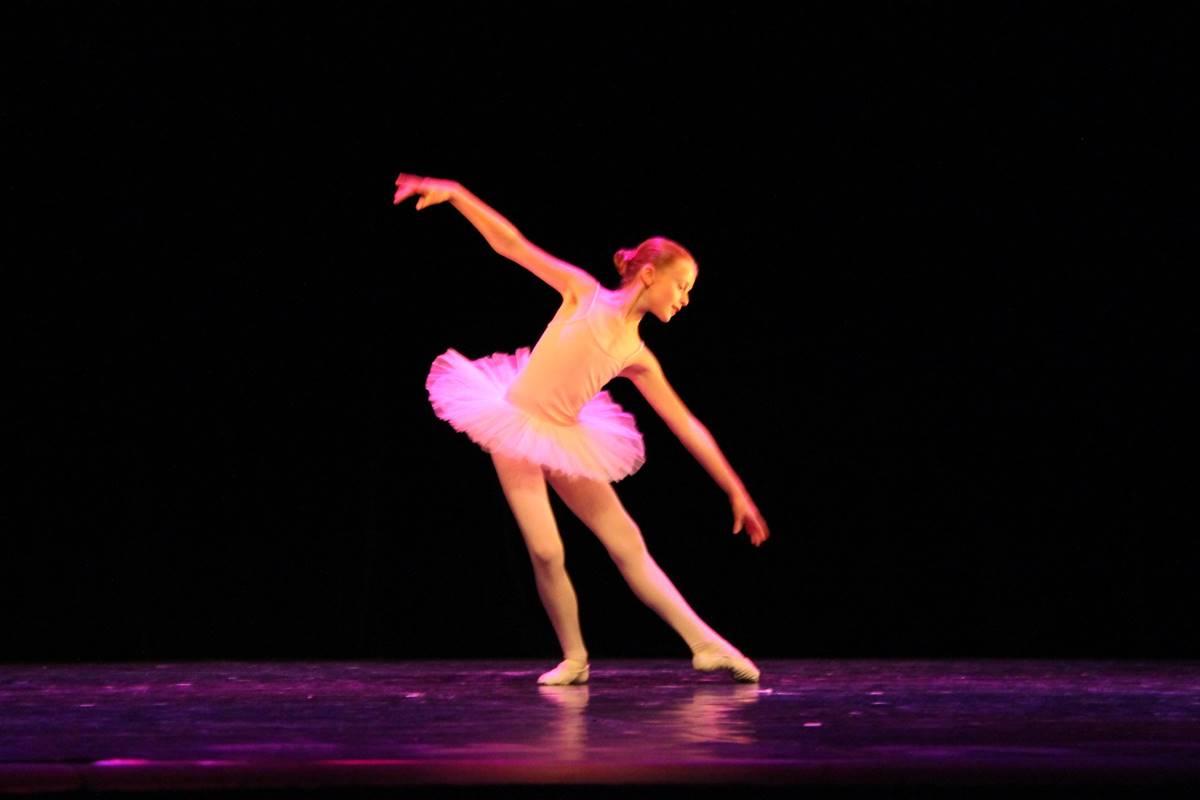 danse-filles-estavayer-le-lac