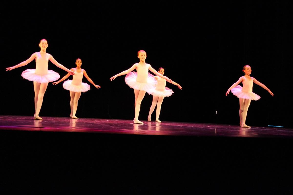 danse-filles-yvonand