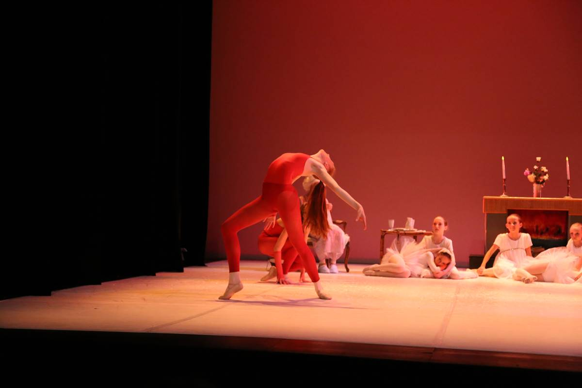 spectacle-danse-estavayer-le-lac